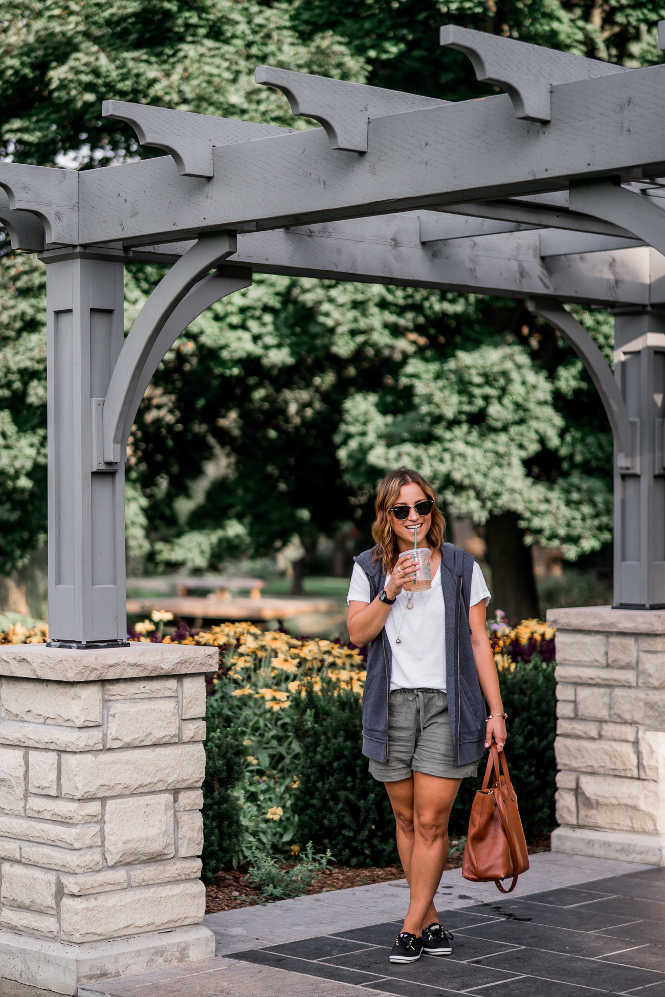 Jackie Goldhar is a Toronto-based lifestyle blogger, from Something About That, wearing a casual late summer outfit