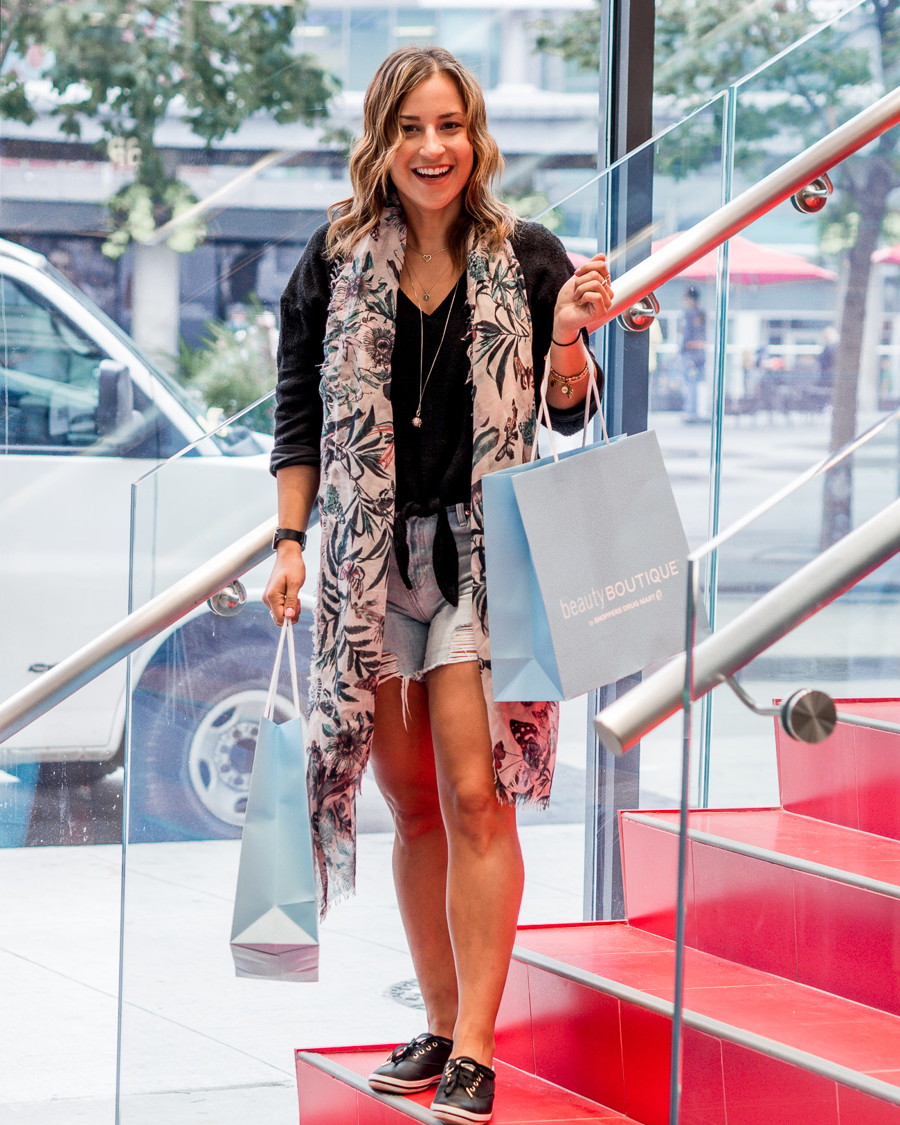 Jackie Goldhar, lifestyle and fashion blogger from Toronto checked out the new Shoppers Drug Mart at Yonge Dundas Square and shares her experience
